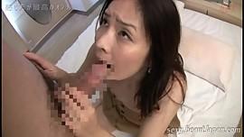 Japanese Beautiful MILF awaken Sex Drive via BlowJob