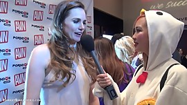 Tori Black at AVN @AEEXpo 2016 with sexy asian amateur Harriet Sugarcookie