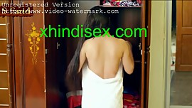 hot sexy desi girl open her bra,panty- xhindisex.com