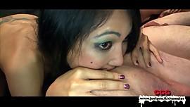 Asian Rimming Queen