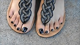 Asian Nia Black Toenails