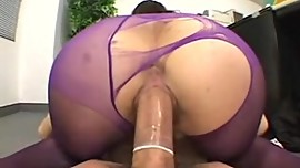 PURPLE PANTYHOSE -bymn